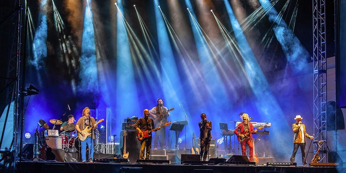 Alan Parsons Project Live durante su actuación en Tío Pepe Festival 2019